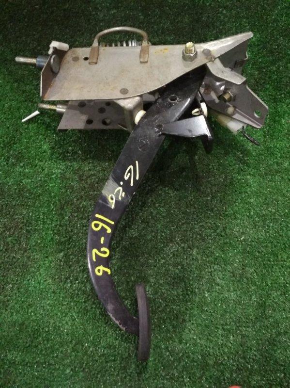 Педаль сцепления Subaru Legacy BH5 EJ202