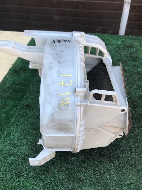 Корпус вентилятора отопителя Toyota Curren ST207 3S-FE