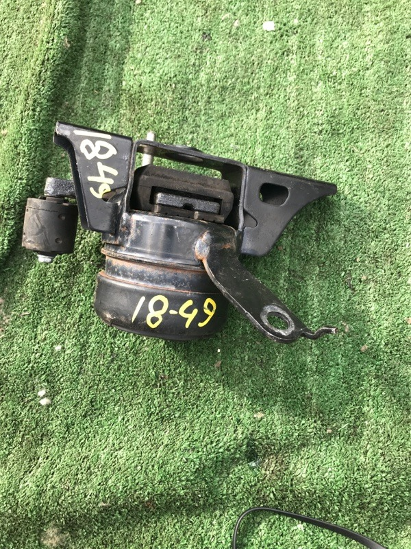 Подушка двигателя Toyota Spade NCP141 1NZ-FE