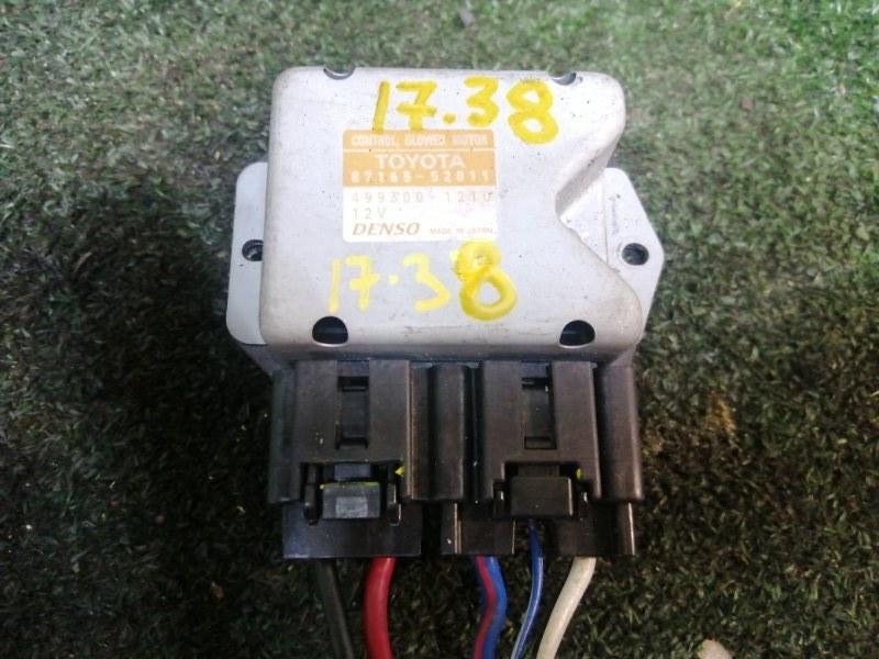 Блок управления вентилятором двигателя Toyota Sienta NCP81 1NZ-FE