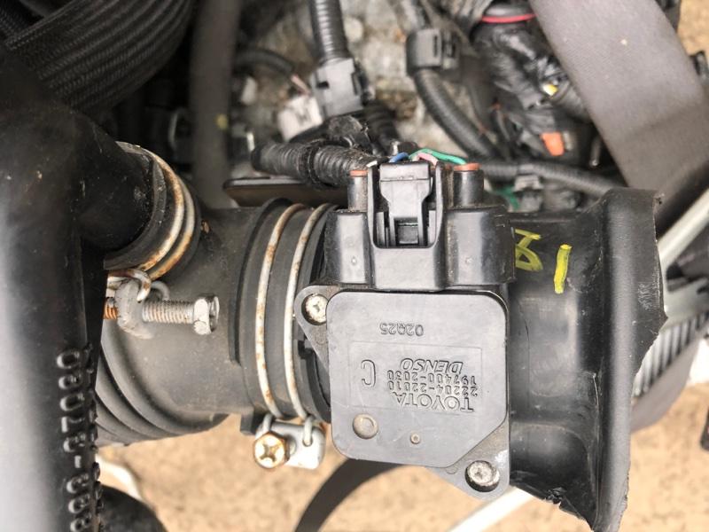 Датчик расхода воздуха Toyota Spade NCP141 1NZ-FE