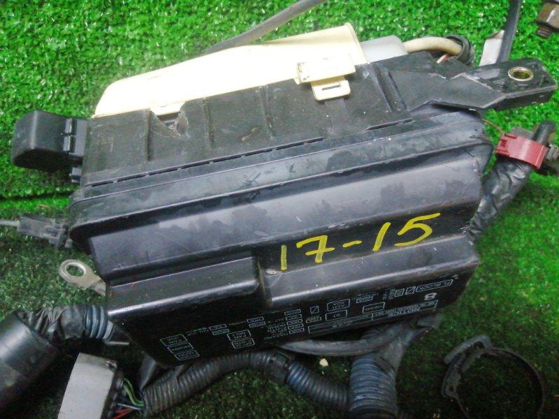 Блок реле и предохранителей Toyota Corolla Levin AE110 5A-FE
