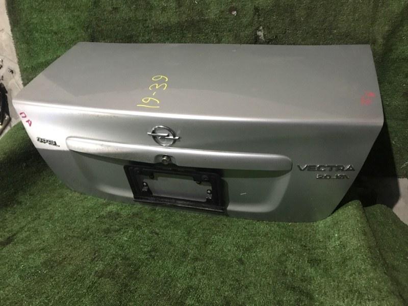 Крышка багажника Opel Vectra X20XEV 1997
