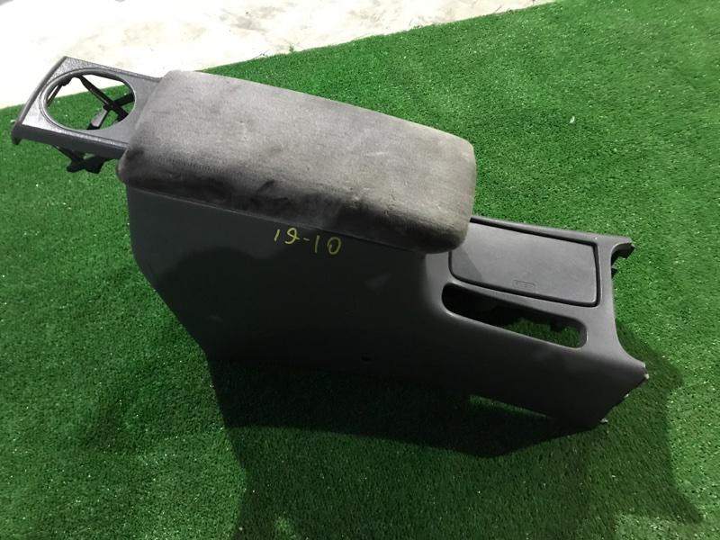 Бардачок Honda Accord Wagon CE1 F22B