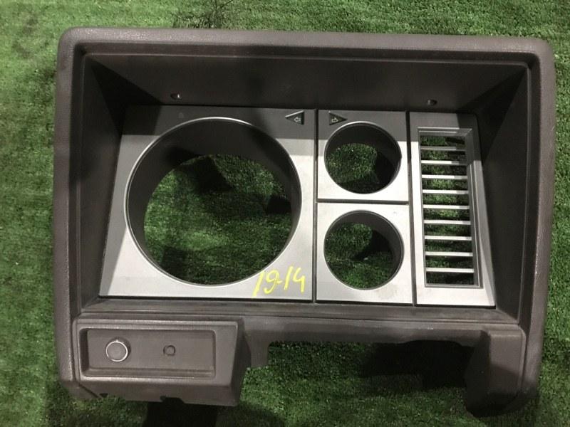 Консоли панели приборов Nissan Atlas MGH40 ED33