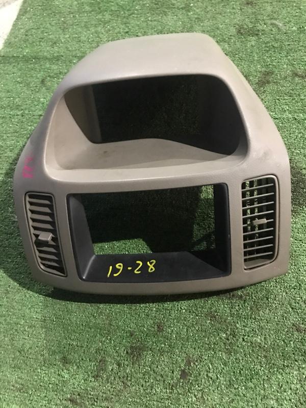 Центральная консоль Nissan Serena TC24 QR20DE