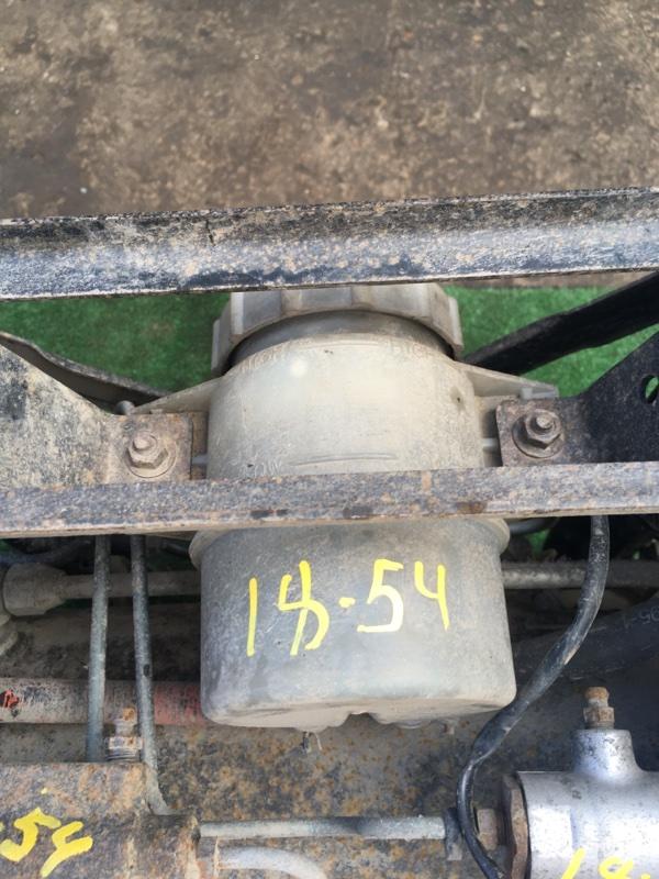 Бачок тормозной Nissan Diesel MK210 FE6E 1999