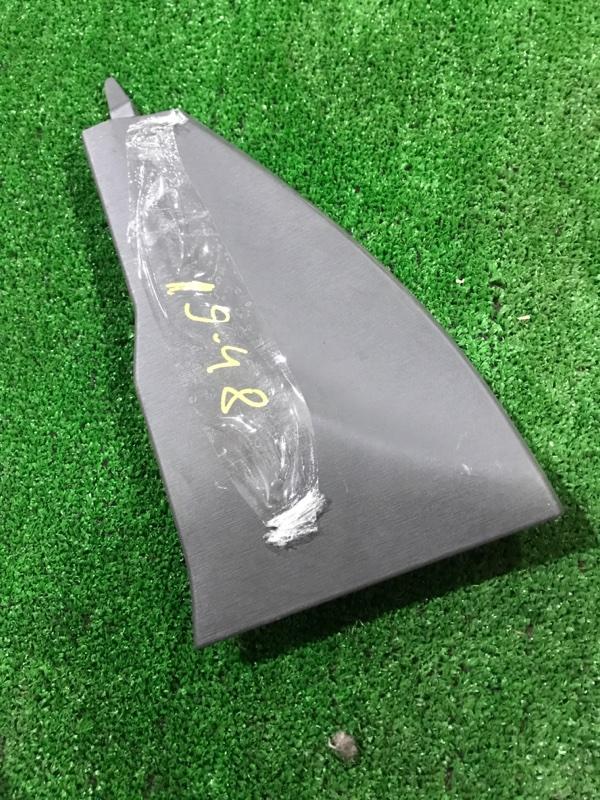 Накладка пластиковая в салон Toyota Prius ZVW30 2ZR-FXE