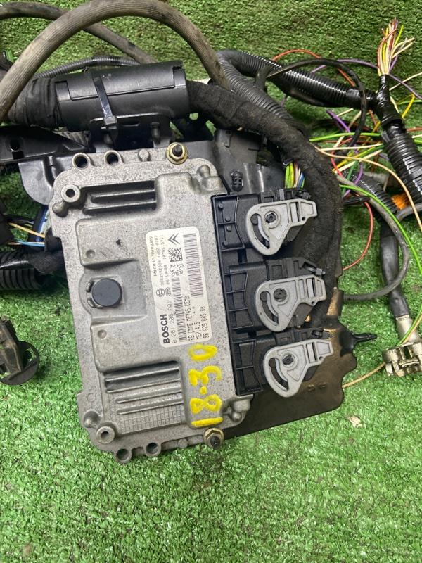 Блок управления двс Peugeot 206 NFU (TU5JP4)
