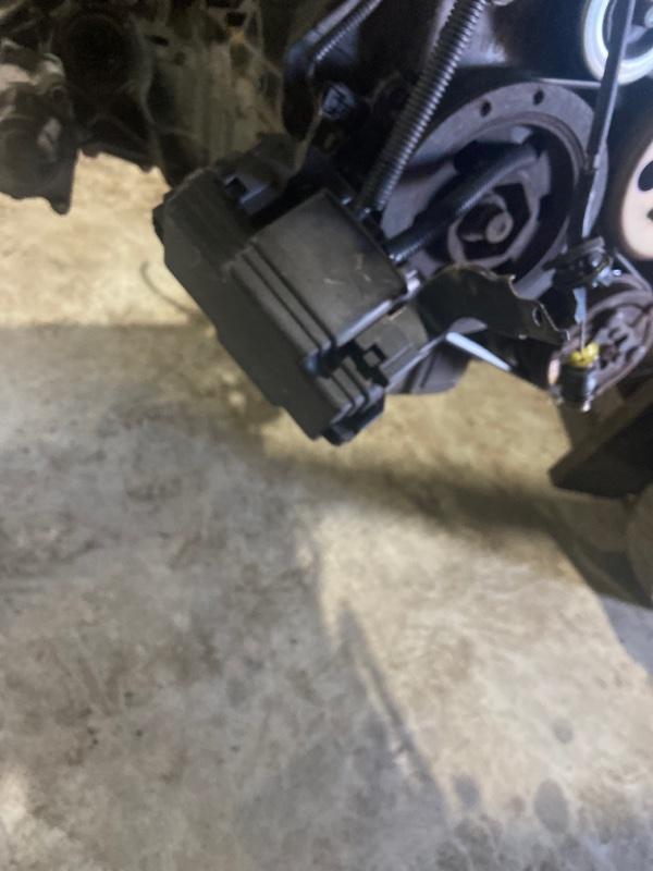 Блок реле и предохранителей Honda Mobilio Spike GK2 L15A