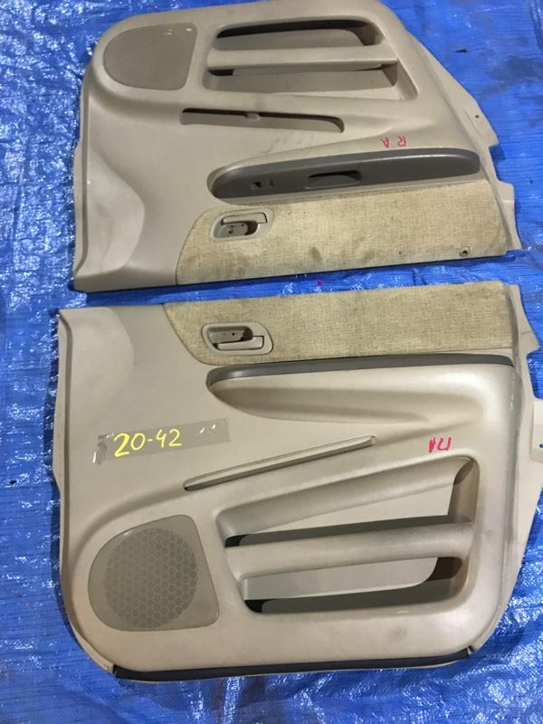 Обшивка двери Honda Stepwgn RF4 K20A передняя