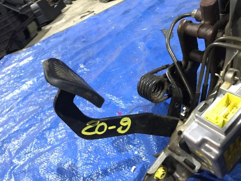 Педаль сцепления Toyota Dyna KDY280 2KD-FTV