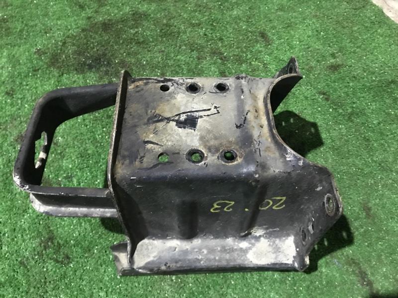 Кронштейн запасного колеса Mazda Titan WG5AT XA