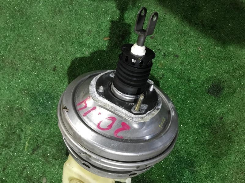 Вакуумный усилитель тормоза и сцепления Bmw 525I E60 N52 B25 A 2004