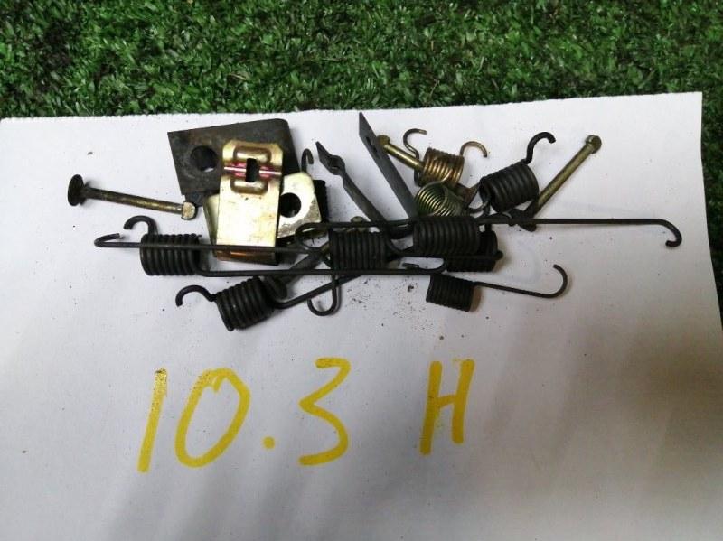 Механизм стояночного тормоза Mazda Demio DW3W B3 задний