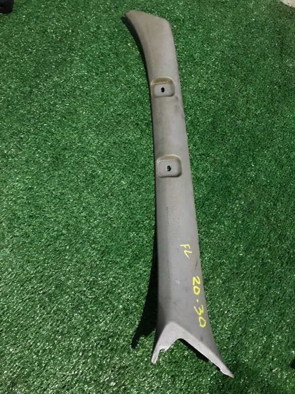 Обшивка стойки кузова Hino Dutro XZU-301 S05D передняя левая