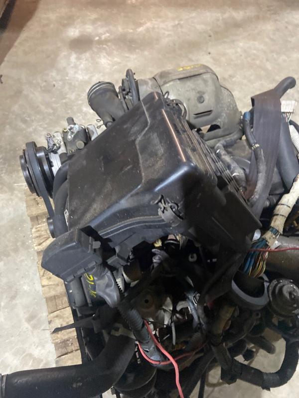 Блок реле и предохранителей Toyota Crown Comfort LXS11 2L-TE