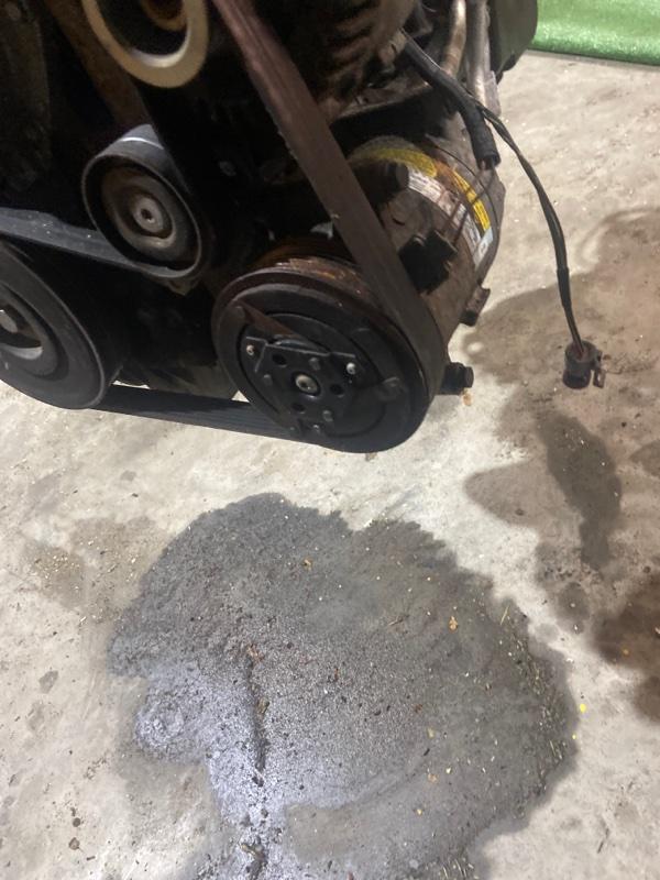 Компрессор кондиционера Renault Megane F4R