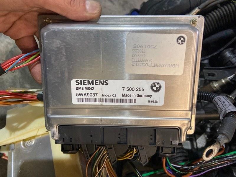 Блок управления двс Bmw 323I E46 M52 1999
