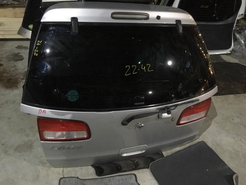 Дверь задняя багажника Nissan Liberty PNM12 SR20DE