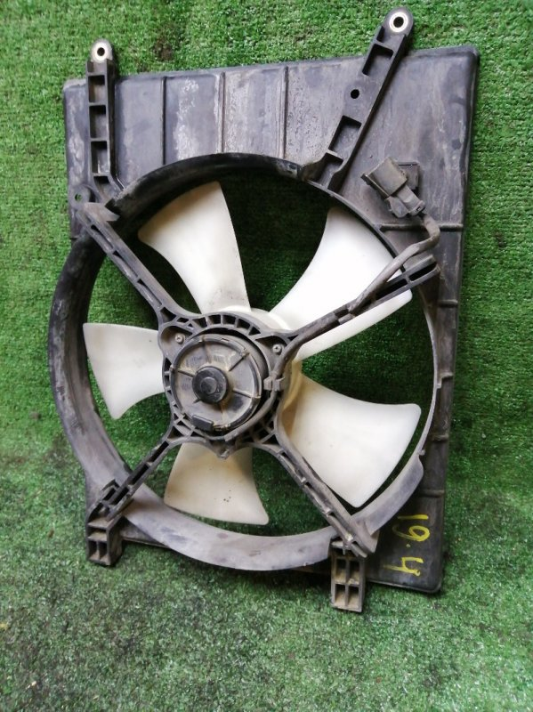 Вентилятор радиатора двигателя Honda Stepwgn RF3 K20A