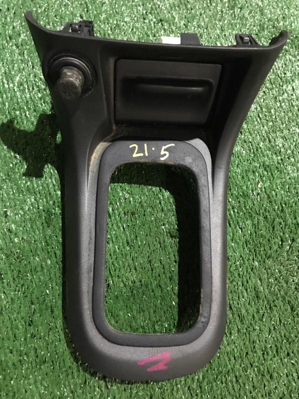 Консоль Nissan Sunny FB15 QG15DE