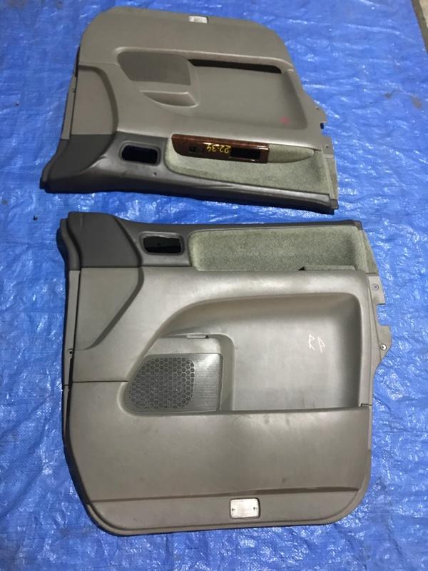 Обшивка двери Nissan Elgrand APWE50 VQ35DE