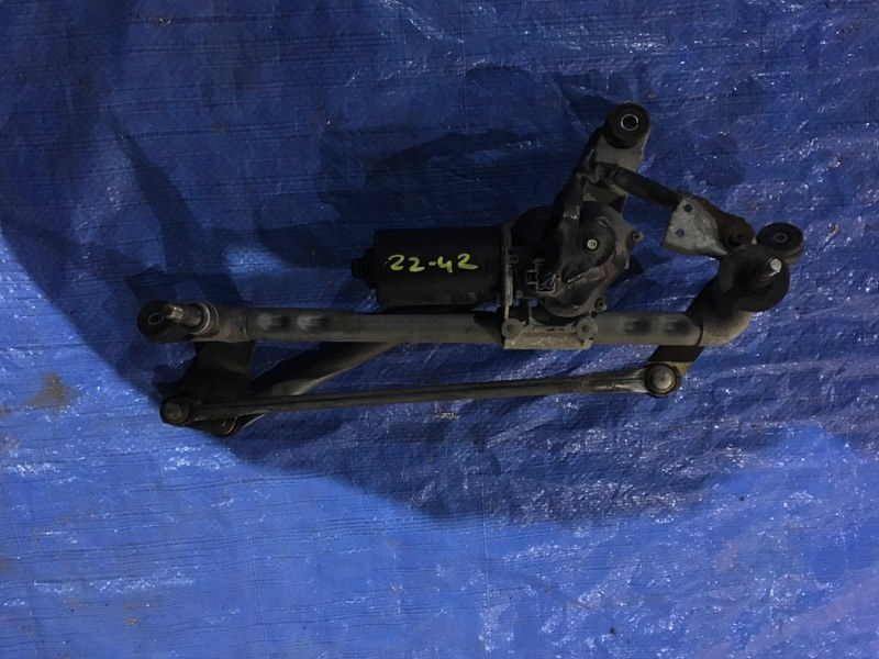 Привод дворников Nissan Liberty PNM12 SR20DE