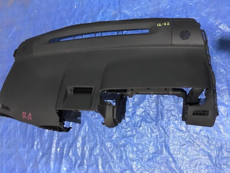 Панель передняя в салон Toyota Wish ZGE22W 3ZR-FAE
