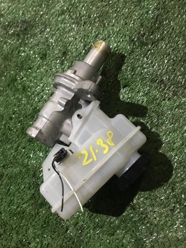 Главный тормозной цилиндр Nissan Skyline V36 VQ25HR