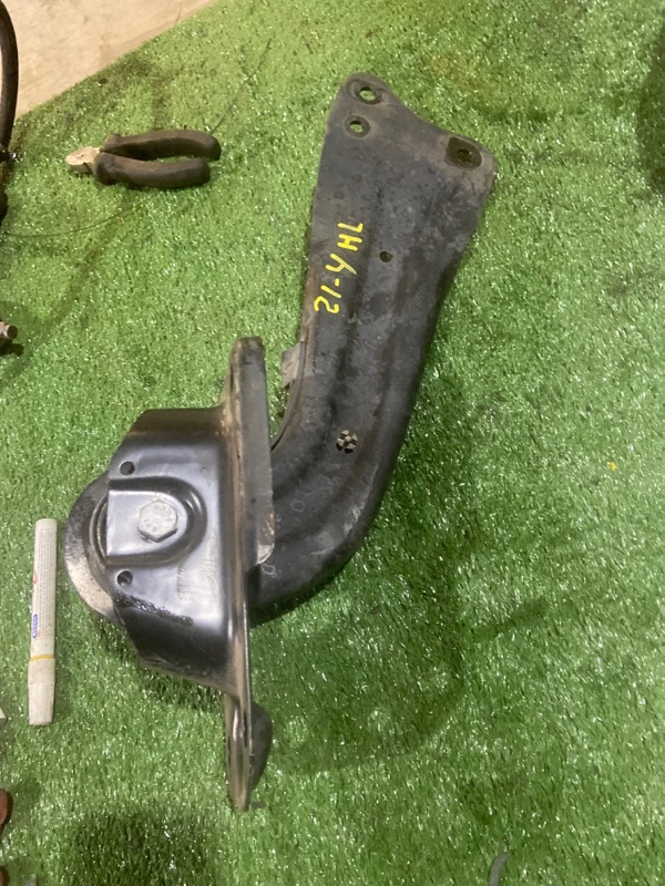 Рычаг подвески Volkswagen Golf Plus BLG 2008 задний левый