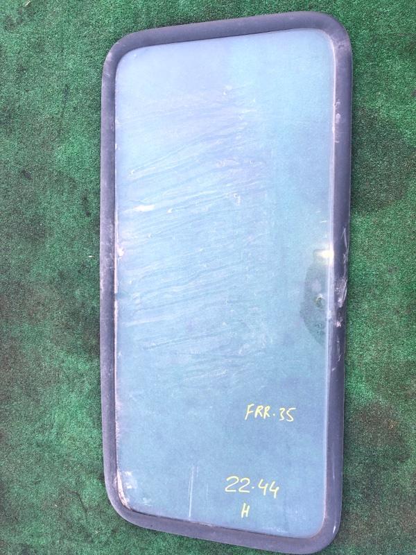 Стекло спальника Isuzu Forward FRR34L4 6HK1-T 2006 заднее