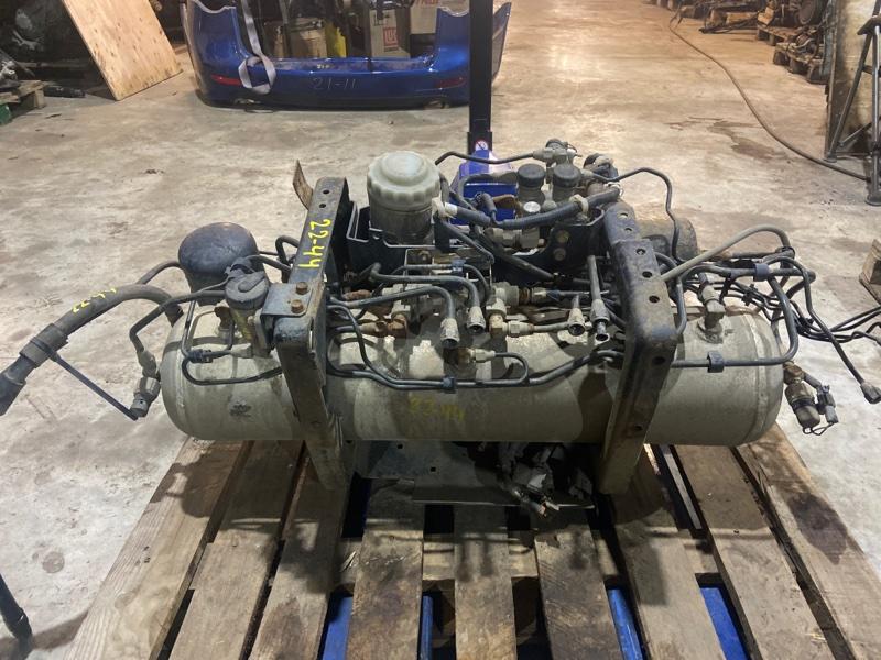 Ресивер тормозной системы Isuzu Forward FRR34L4 6HK1-T 2006