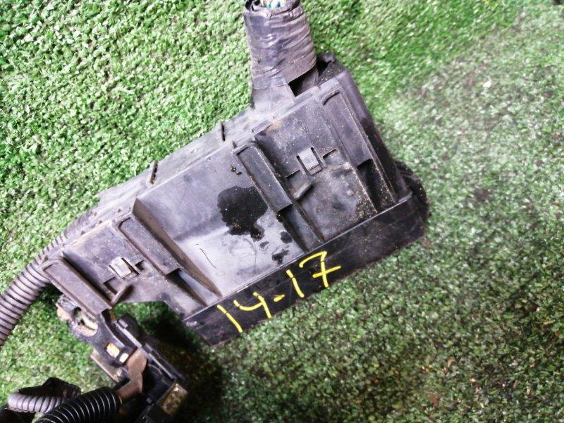 Блок реле и предохранителей Nissan Teana TNJ31 QR25DE