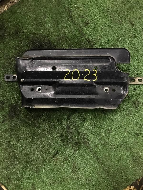 Полка под аккумулятор Mazda Titan WG5AT XA