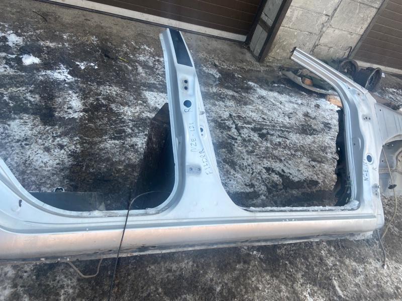 Порог Toyota Corolla Fielder NZE121 правый