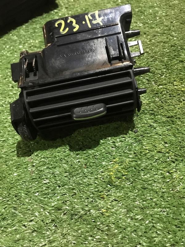 Дефлектор воздушный Mercedes-Benz C180 Kompressor 203.046 271.946 2004