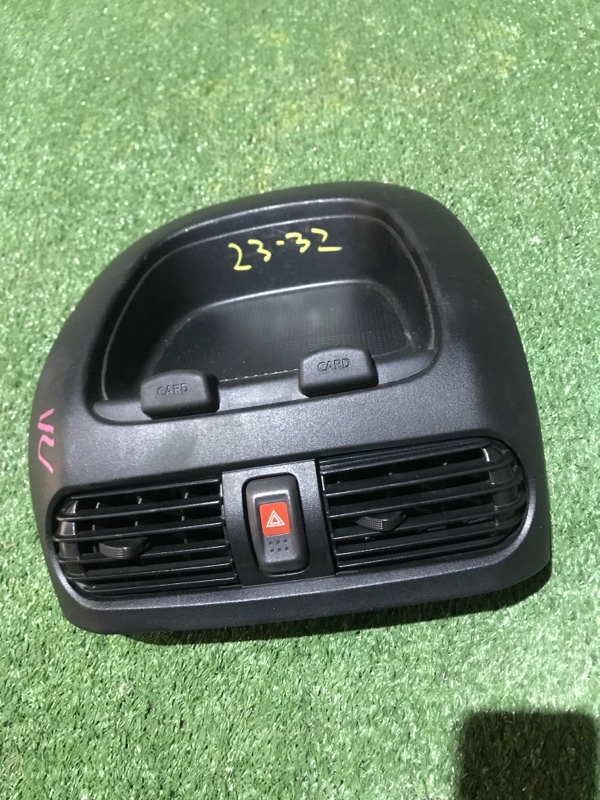 Бардачок Nissan Ad VY11 QG13DE