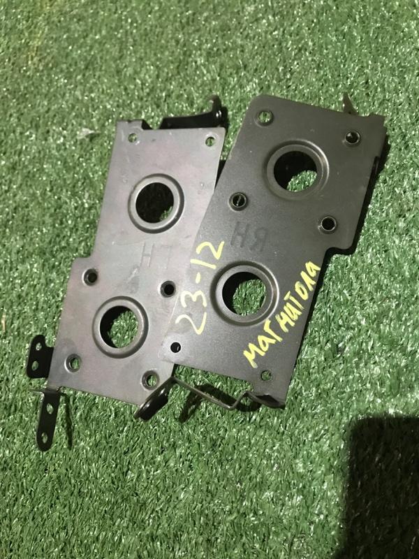 Крепление магнитолы Nissan Wingroad WFY11 QG15DE