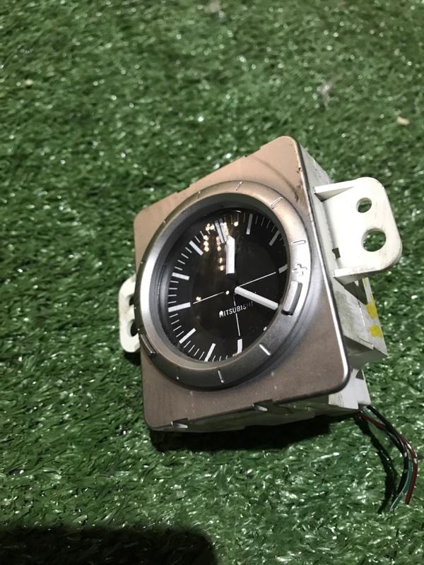 Часы Mitsubishi Airtrek CU4W 4G64