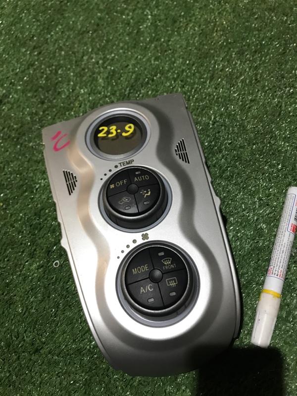 Блок управления климат-контролем Toyota Vitz NCP90 1NZ-FE