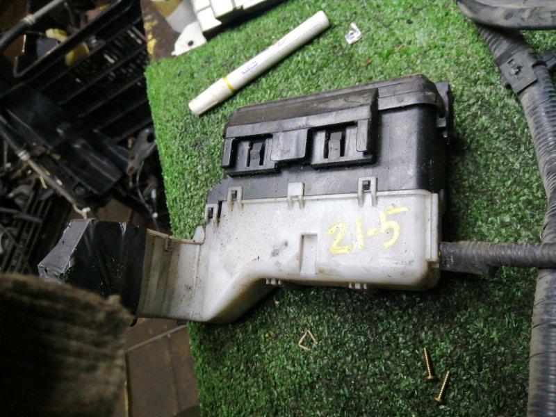 Блок реле и предохранителей Nissan Sunny FB15 QG15DE