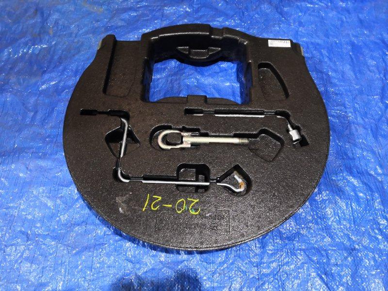 Обшивка багажника Mazda Axela BLEFP LF