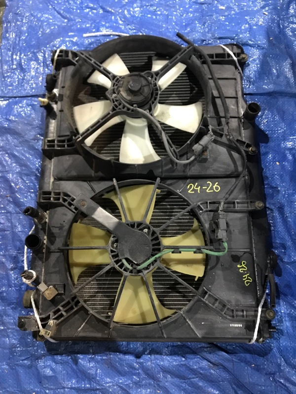 Радиатор двигателя Honda Stepwgn RF3 K20A