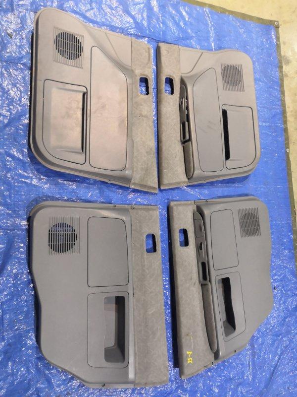 Обшивка двери Mitsubishi Dion CR6W 4G94