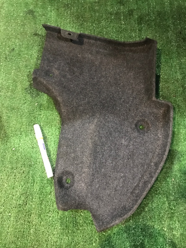 Обшивка багажника Mitsubishi Diamante F31A 6G73 задняя правая