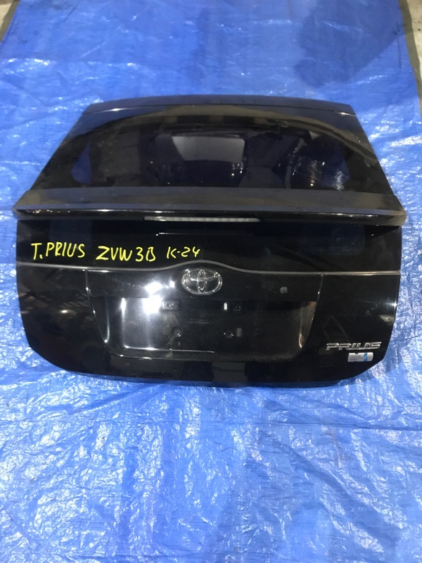 Дверь задняя багажника Toyota Prius ZVW30