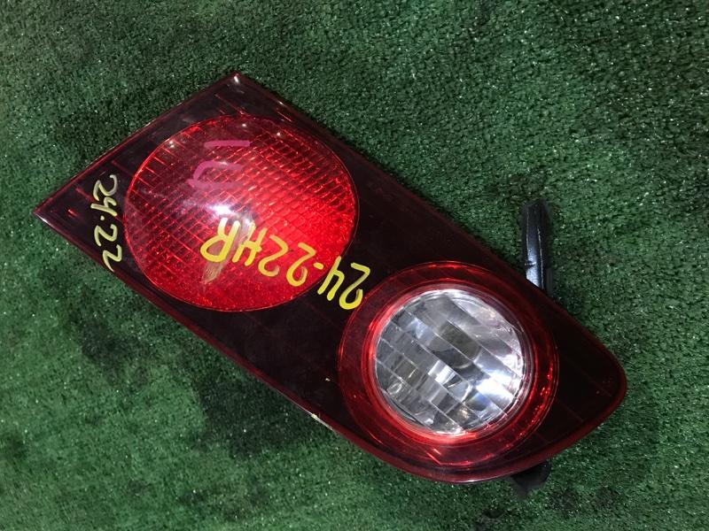 Фонарь в крышку багажника Toyota Caldina ST215 3S-GE правый