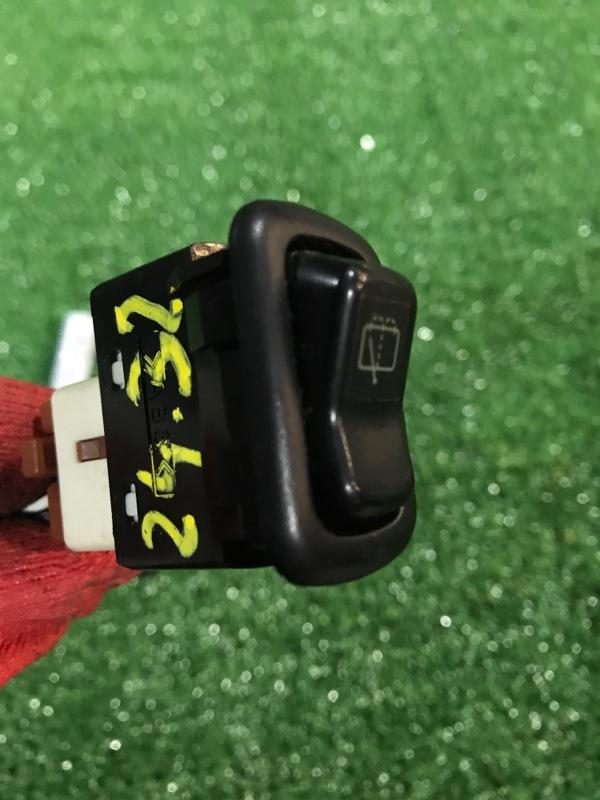 Кнопки в салон Daihatsu Yrv M201G K3-VE