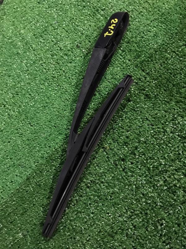 Дворник Toyota Blade AZE156H 2AZ-FE